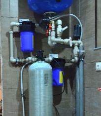 Установкa обезжелезивания воды на даче