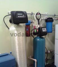 Система умягчения воды 10x54 с блоком управления Clack WS1RR и система обезжелезивания воды 10x44 с блоком Clack WS1TC